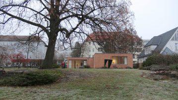20161217_Mies-van-der-Rohe-Haus7425
