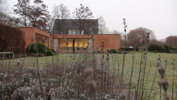 20161217_Mies-van-der-Rohe-Haus7438